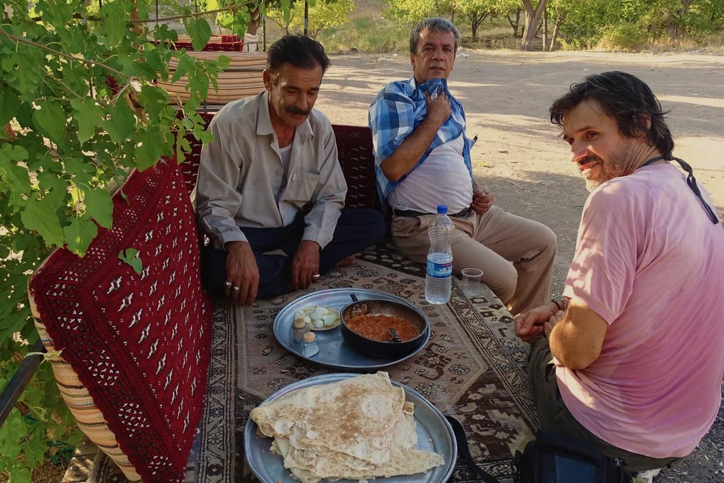 Joyside da Van verso Iran