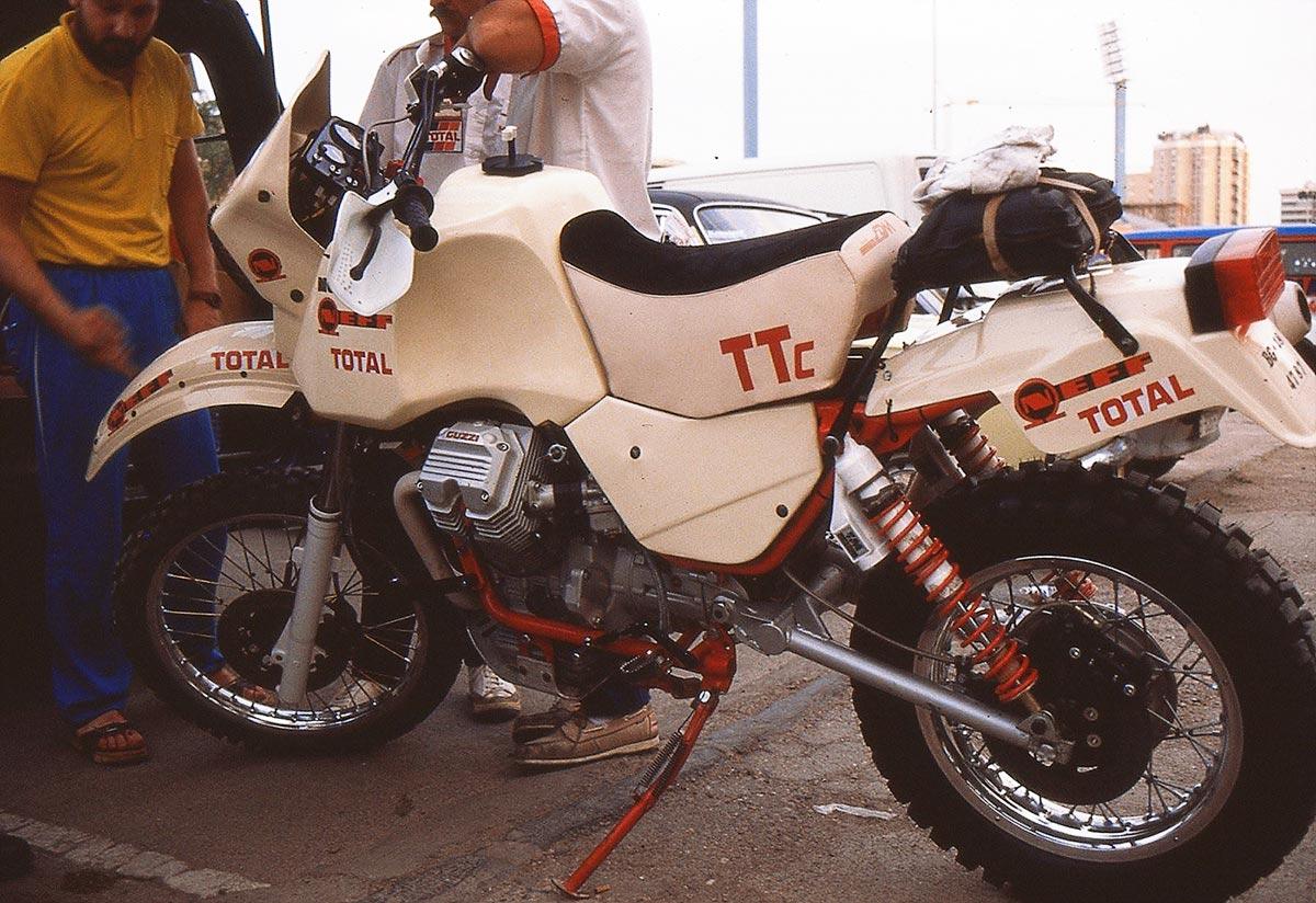 joyside Moto Guzzi V75 Dakar originale